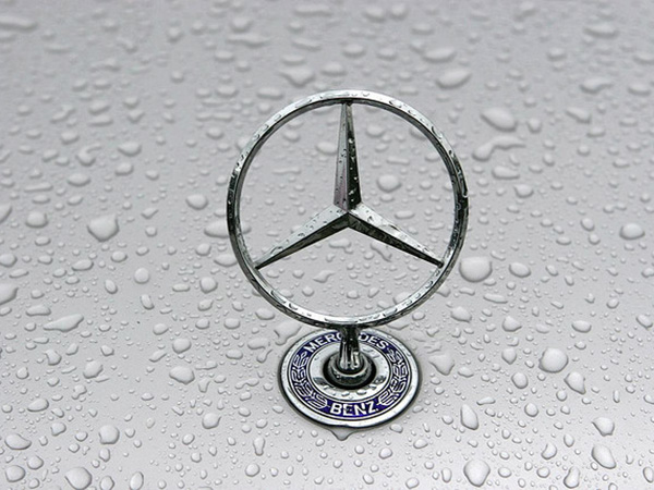 Mercedes Benz hikes prices of its cars from 1st September 2013
