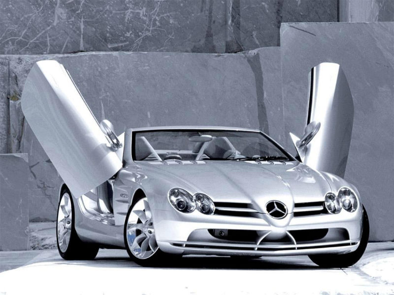 Mercedes Benz once again becomes the top luxury car manufacturer