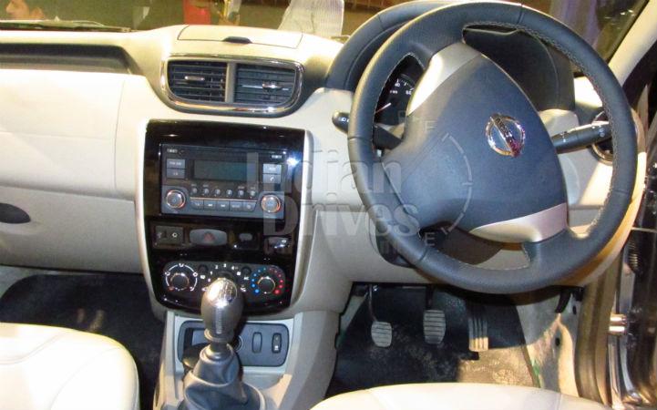 Nissan Terrano Interiors