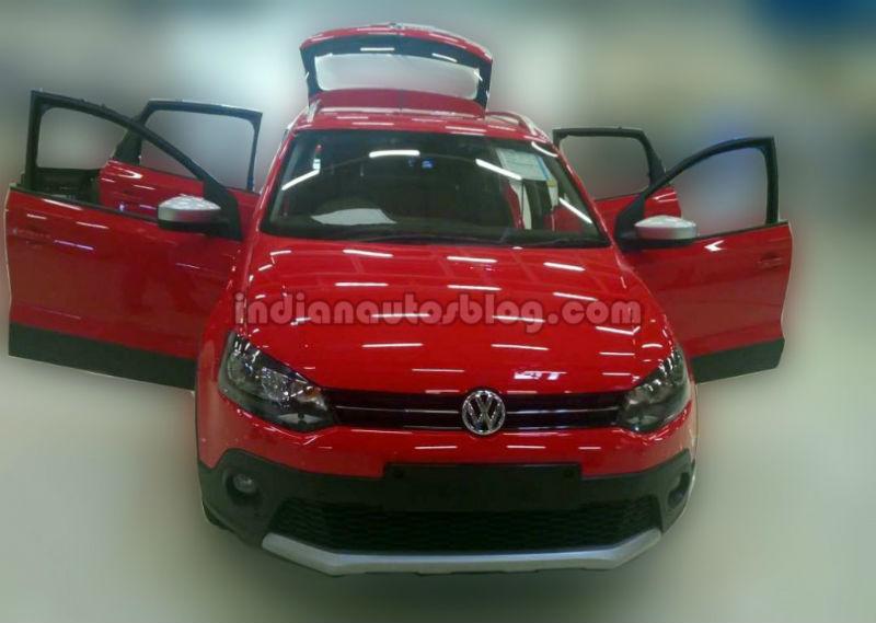 Volkswagen teases CrossPolo Front