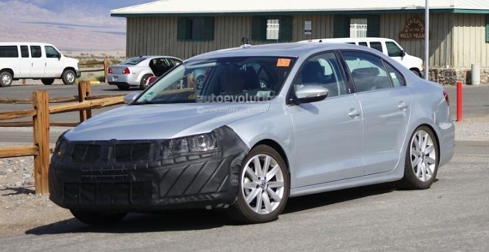 2015 Volkswagen Jetta Facelift Spyshots