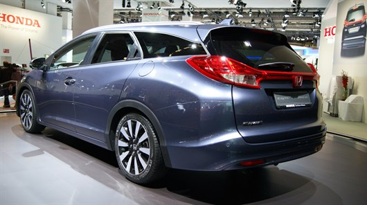 Honda Civic Tourer Back View