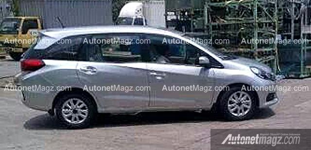 Honda Mobilio spied Indonesia