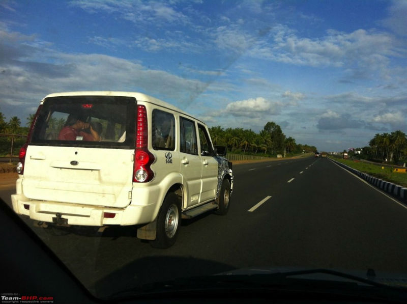 Mahindra Scorpio facelift Back View