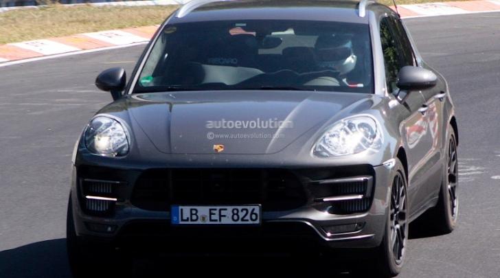 Porsche Macan Spy Shots