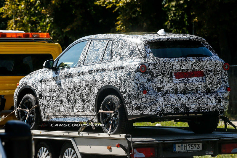 Spyshots Next Generation BMW X1 Back View