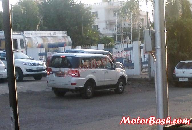 Tata Sumo Grande Facelift Spy Pics