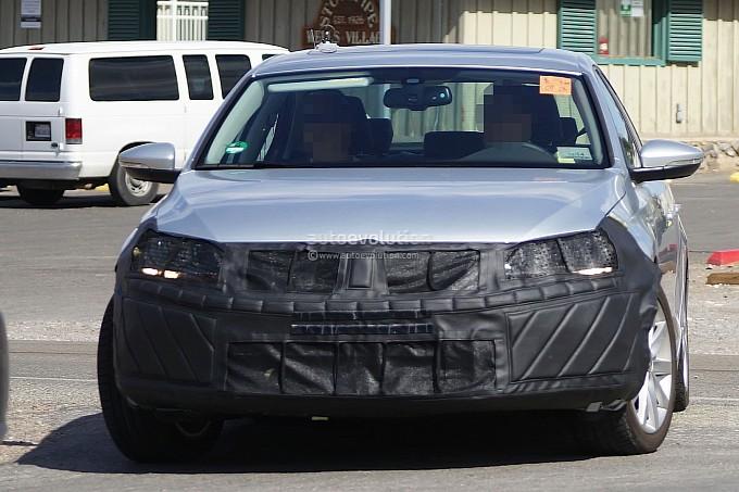 Volkswagen Jetta Facelift Spyshots