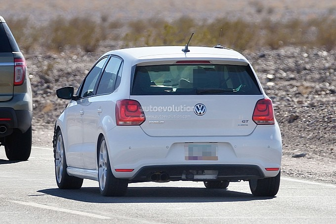 Volkswagen Polo facelift spy shots Back View