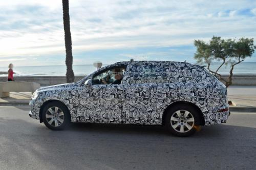 Next-gen Audi Q7 spied testing 2013