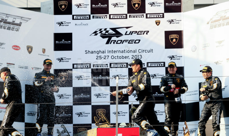 Victors Bathe in the Success of the Super Trofeo Asia Series