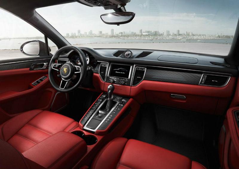 2014 Porsche Macan Interiors