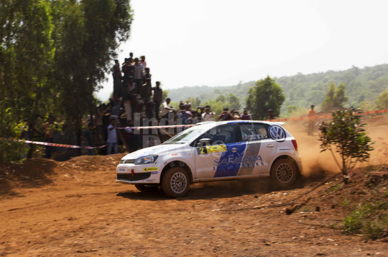 Karamjit Singh in the Volkswagen R2 Polo and the crowd