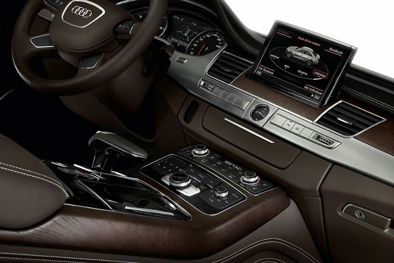 2013 Audi A8 Center Console