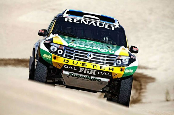 2014 Dakar Rally Renault Duster