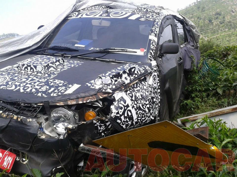 Mahindra Compact Suv S101 Crashed In An Accident Spy shots