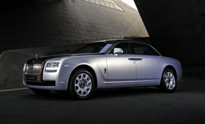 Rolls-Royce rolls out Canton Glory Ghost