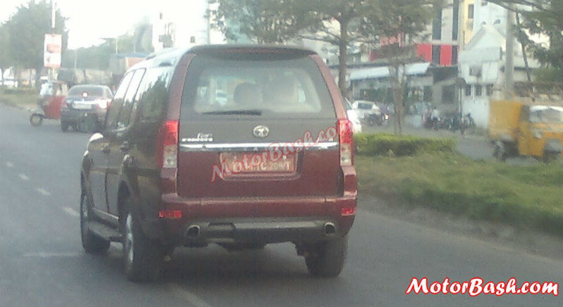 Tata Safari Storme Back View