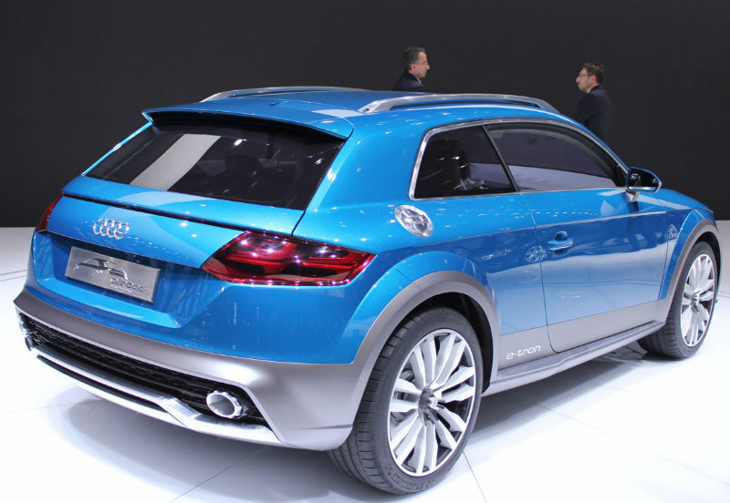 Audi Allroad Shooting Brake Concept at Detroit Motor Show