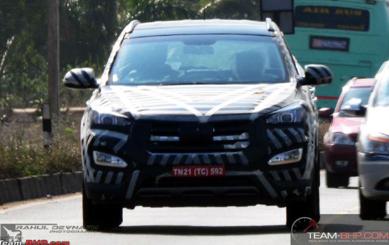 Hyundai Santa Fe spied while testing