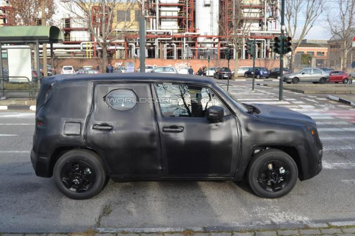 Jeep SUV Spied Testing