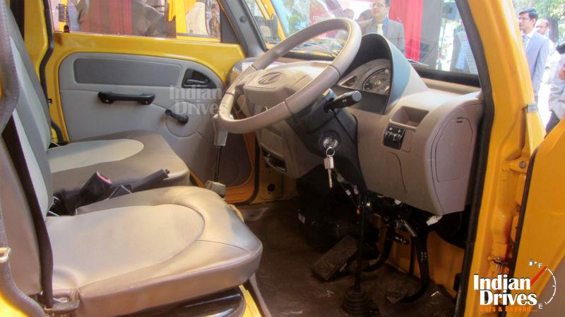 Mahindra Maxximo Mini Van Interiors