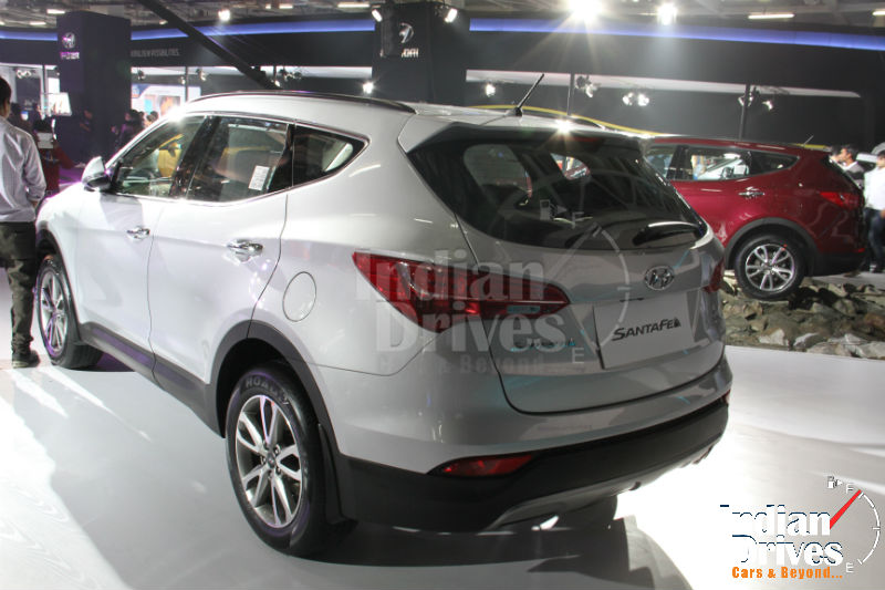 Hyundai Santa Fe Back View