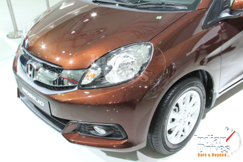 Honda Mobilio Review