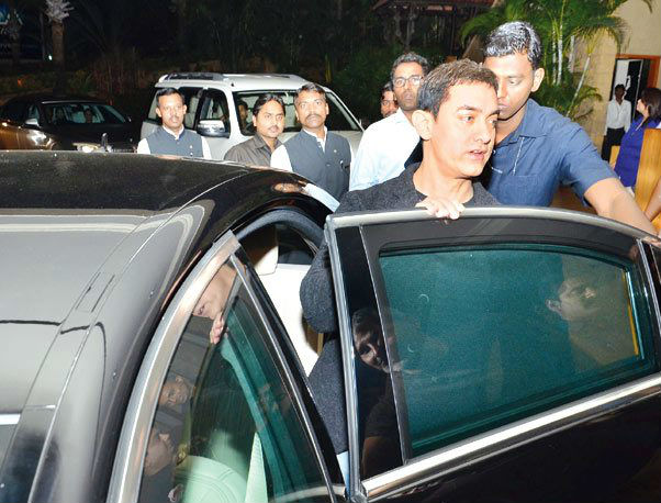 Aamir Khan Buys Bulletproof Mercedes-Benz S600 worth Rs 10 Crore