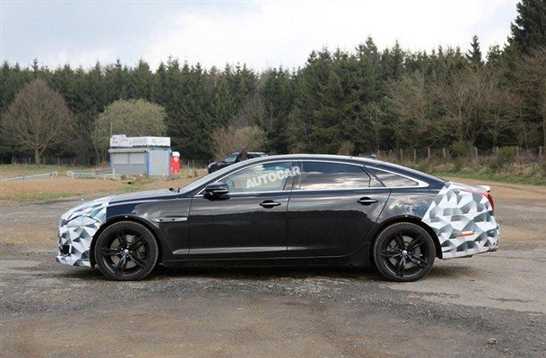 Jaguar XJR Spied