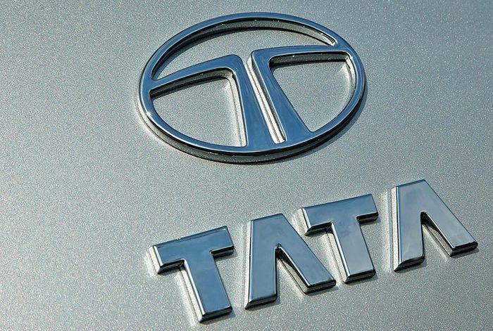 Tata Motors Group global wholesales at 79,996 in February 2014