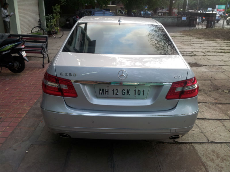 Used Mercedes-Benz E350 CDI Back View
