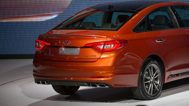 Hyundai Sonata back view