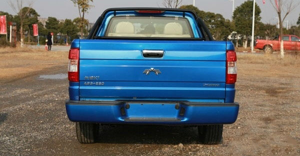 Kawei K1 Pickup is Chinese Copy of Ford F-150 Back View