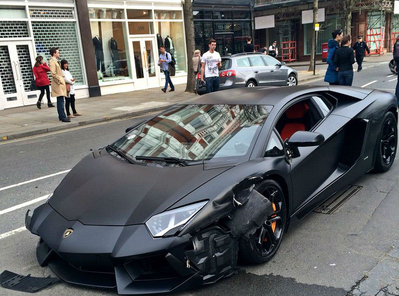 Lamborghini Aventador Crashed During An Accident In London