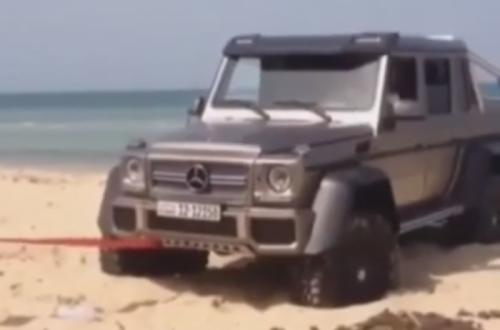 Mercedes-Benz G63 AMG 6x6 Stuck at a Beach in Kuwait