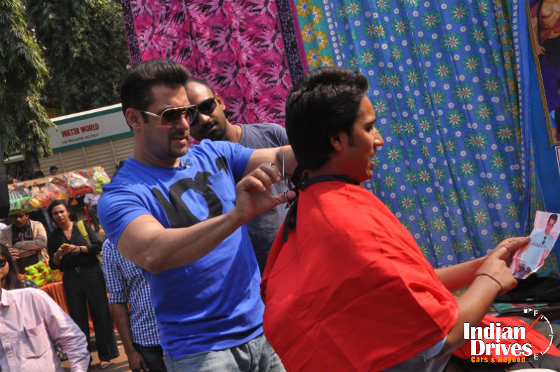 Salman Khan turns barber for COLORS upcoming show Mission Sapne