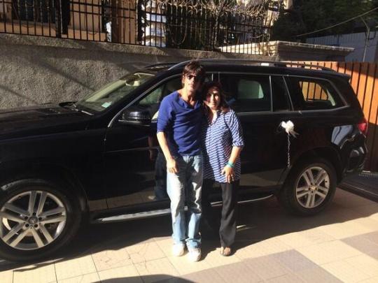 Shah Rukh Khan Gifts Mercedes-Benz GL-Class To Farah Khan