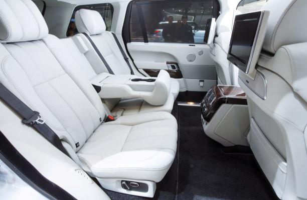 New Range Rover Hybrid interiors
