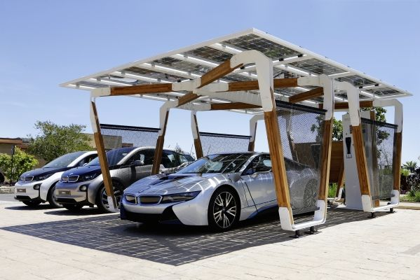 BMW to introduce solar carport concept for i8