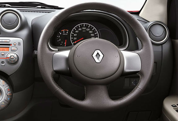 Renault Pulse interiors