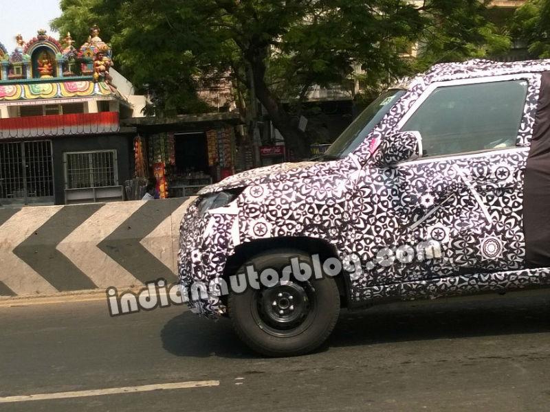 Mahindra Bolero Facelift Spotted