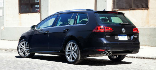 Volkswagen Golf SportWagen Back view