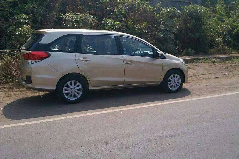 Honda Mobilio Spied in India side