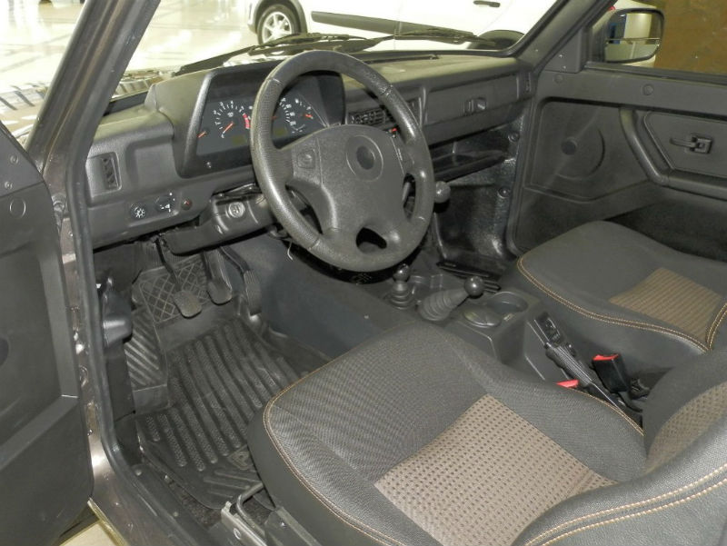 Lada Niva Goes Urban interiors