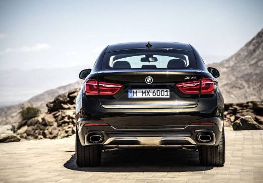 New BMW X6 Back View