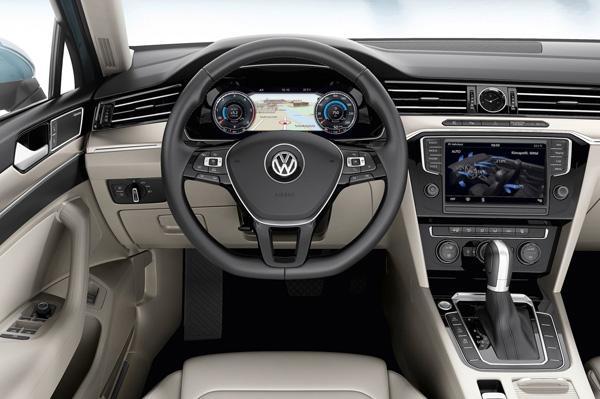 2015 New Volkswagen Passat interiors