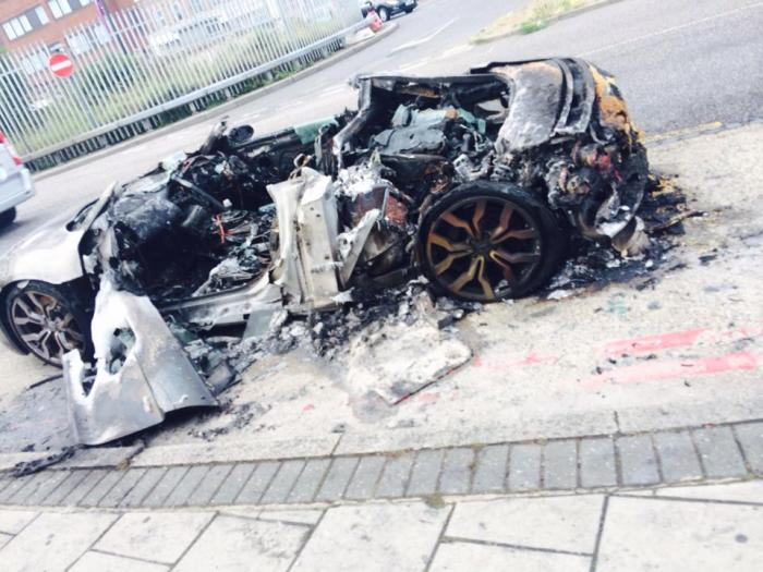Audi R8 Catches Fire In London