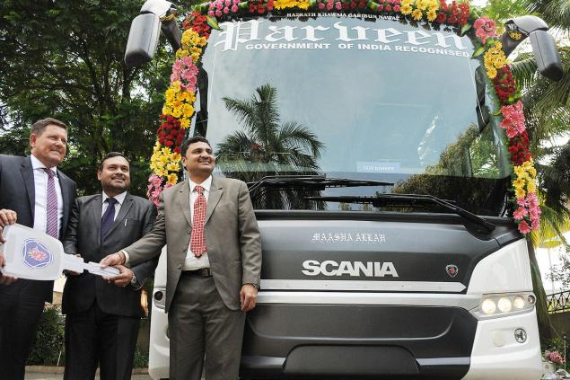 Scania Metrolink Coaches Delivered To Parveen Travels In Chennai
