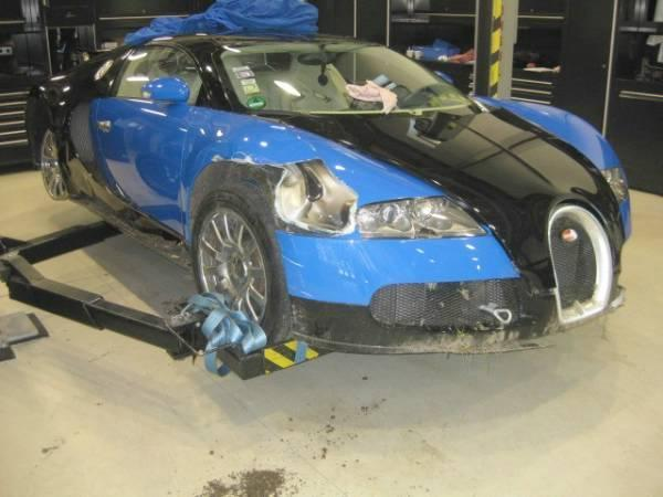 Crashed Bugatti Veyron Up For Sale